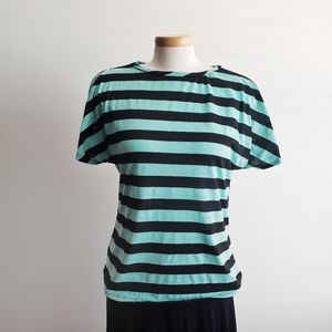 White Lili Tee Stripe Blue Black size M
